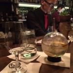Líbí se vám sklenička? Do té drink dostanete jenom tady. A ne ledajaký: gin&tonic :)